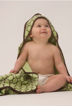 Cutie cozy after bath time - SwaddleDesigns Hooded Towel #BabyGift