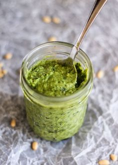 Creamy Avocado Basil Pesto - this recipe uses avocado instead of olive oil to make the most delicious, healthy pesto with no added oil!