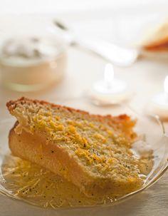 Orange and Vanilla Savarin Cake (bundt shaped) Savarin, Food Photography, Vanilla, Shapes, Orange, Cake, Ethnic Recipes, Photos, Pie Cake