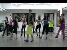 Zumba Quebra As Cadera - We do this in Marian's class and MZL. This is one of the first ones I learned (some small changes in our class versions)