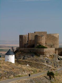 La Muela Castle - Consuegra -Toledo Spain