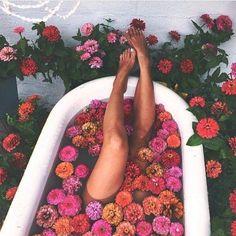 "15.6k Likes, 15 Comments - SHOWPO (@showpo) on Instagram: ""Bath goals ✨"""