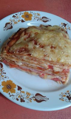 This no all / Disznóól - KonyhaMalacka disznóságai: Rakott palacsintatorta My Recipes, Recipies, Healthy Recipes, Quiche Muffins, Hungarian Recipes, Food Hacks, Waffles, Pancakes, Spaghetti