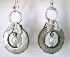Talk about gorgeous pearl earrings! This definitely puts a unique twist on pearl jewelry and adds a very angelic feeling to it!