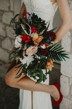 Düğün Fotoğrafçısı, Düğün Klibi, İzmir Düğün Fotoğrafçısı, Düğün Belgeseli İzmir, Dış Çekim, Düğün Hikayesi İzmir, İzmir Düğün Fotoğrafçıları, Boho Wedding Dress, Wedding Dresses, Crochet Lace Dress, Bell Sleeve Dress, Bridal Gowns, Rustic Wedding, Christmas Wreaths, Wedding Photos, Floral Wreath