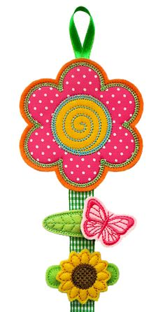 Flower Clippie Keeper in the hoop - GG Designs Embroidery Patchwork Quilting, Girls Hair Accessories, Sewing Accessories, Diy Hair Bow Holder, Crochet Bookmarks, Machine Embroidery Projects, Embroidery Fonts, Flower Applique, Felt Flowers