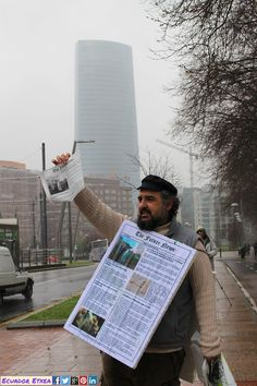 Concentración junta de Accionistas de IberTrola 27/03/2015 Palacio Euskalduna (Bilbao) +fotos: http://ecuadoretxea.blogspot.com.es/2015/03/m27-bilbo-ibertrola-kanpora.html