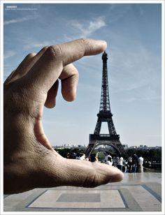 Album photo Paris. La Tour Eiffel . Dinosoria
