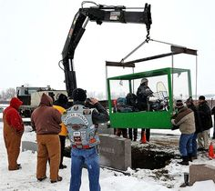 The dying wish of an Ohio motorcycle aficionado that he be buried astride his beloved Harley-Davidson was fulfilled by his family -- althoug...