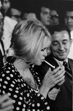 Brigitte Bardot - @classiquecom. BB in polka dots. 1960s fashion  --- =       http://www.amazon.com/gp/product/B009WDOPNO?ie=UTF8=A1JZHG9III7SDE=GANDALF%20THE%20GRAYZZ%20BOOKSTORE   --- = twilight