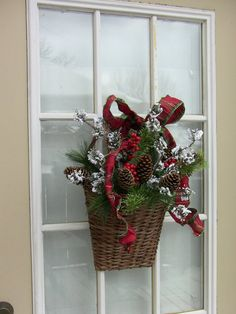 deck door christmas basket