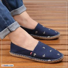 Embroidered handmade espadrilles for men. Go bananas when it comes to changing your footwear this summer season. Lace Espadrilles, Espadrille Shoes, Denim Shoes, Leather Shoes, Shoes Flats Sandals, Shoe Boots, Fashion Boots, Sneakers Fashion, Comfortable Work Shoes