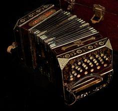 Bandoneon / Bandonion - concertina
