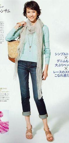 50代にしてこのプロポーション!恐るべし賀来千香子 Cool Style, Capri Pants, Actresses, Womens Fashion, Style, Woman, Female Actresses, Style Fashion, Capri Trousers