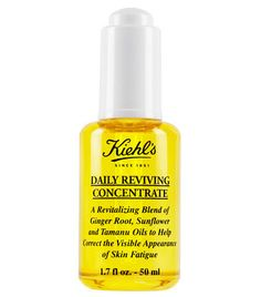 Daily Reviving Concentrate with Essential Oils and naturally derived ginger essential oil, sunflower oil, and tamanu oil for radiant-looking skin all day.