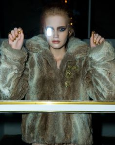 fashion and people photographer Beauty Photography, Fashion Photography, Beautiful Images, Fur Coat, Party, People, Design, Receptions, People Illustration