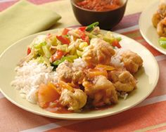Ku Lo Yuk- krokante vleesblokjes met zoetzure vruchtensaus Green Eggs, Indonesian Food, Wok, Fried Rice, Potato Salad, Meat, Chicken, Ethnic Recipes, Asia