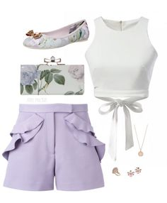 Lilac is beautiful. It doesn't appear too often in trends recently but when it does, it is stunning. Kpop Fashion Outfits, Girls Fashion Clothes, Girly Outfits, Cute Casual Outfits, Pretty Outfits, Beautiful Outfits, Look Fashion, Girl Fashion, Mode Ulzzang