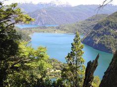 scenic view Lago Verde (Green Lake) behind it lago/lake Futalaufque, Parque Los Alerces, Patagonia Argentina