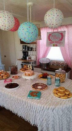 Ella's Donut Shoppe | CatchMyParty.com