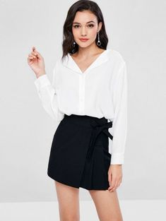 A site with wide selection of trendy fashion style women's clothing, especially swimwear in all kinds which costs at an affordable price. Daily Fashion, Trendy Fashion, Fashion Models, Girl Fashion, Womens Fashion, Fashion Design, Cute Blouses, Blouses For Women, Top Transparente
