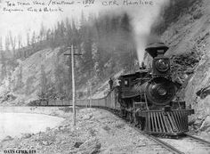 Old Time Trains. Diamond-stacked number 120 with typical freight train and rear pusher near Continental Divide Old Train Pictures, Us Railway, Canadian Pacific Railway, Choo Choo Train, Train Art, Continental Divide, Old Trains, Train Engines, Steam Engine