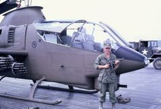 Dirk in Vietnam Helicopter Plane, Military Helicopter, Military Aircraft, Vietnam History, Vietnam War Photos, Air Vietnam, Small Campers, Military Equipment, Vietnam Veterans