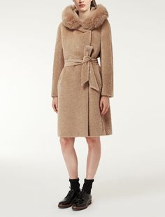Max Mara COTTAGE camel: Alpaca and wool coat.
