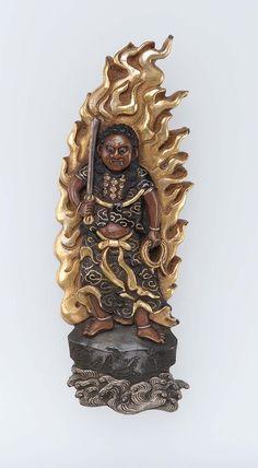 Menuki in the form of Fudo Myo-o. Japanese Edo period–Meiji era mid to late Japanese Sword, Japanese Art, Japan Crafts, Meiji Era, Edo Period, Painted Boxes, Gold Paint, Asian Art, Sculpting