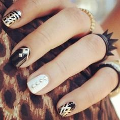 The nails. The rings. Love!