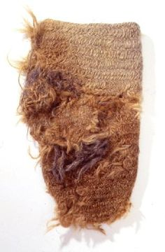 Nalbound mitten from Repola, Russia (near border of Finland). Year unknown. Length 23 cm. http://fi.wikipedia.org/wiki/Poraj%C3%A4rvi_(Aunuksen_Karjala)