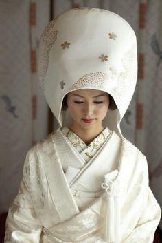 Shiromuku (wedding uchikake, kimono and accessories) - for traditional Shinto weddings in Japan.