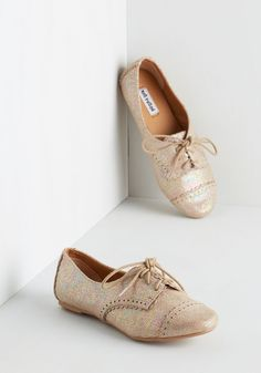 Tap of the Hour Flat - Flat, Faux Leather, Gold, Solid, Scallops, Casual, Menswear Inspired, Vintage Inspired, 20s, 30s, Good, Lace Up
