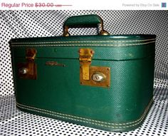 50s 60s Lady Baltimore Beauty Train Case. Caboodle.