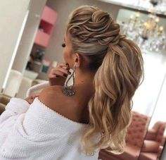Beautiful boho Hairstyles To Do Yourself The best way of changing your look is simply grabbing different hairstyles for girls. If you are in search of something different hair style ideas for girls going through this article, you will get here some dif Creative Hairstyles, Boho Hairstyles, Ponytail Hairstyles, Straight Hairstyles, Wedding Hairstyles, Hairstyle Ideas, Hairstyles 2016, Black Hairstyles, Cute Up Hairstyles