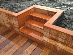 Afbeeldingsresultaat voor trap maken in tuin Source Us Beaches, Restaurant, Wood, Gardening, Future, Gardens, Cement, Projects, Future Tense