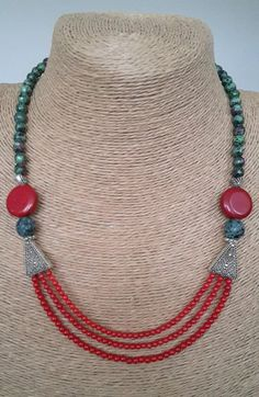 This Pin was discovered by Lem Diy Jewelry Necklace, Jade Necklace, Coral Jewelry, Bead Jewellery, Multi Strand Necklace, Jewelry Crafts, Jewelery, Silver Jewelry, Handmade Jewelry