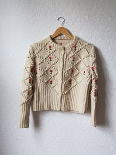 SALE 1950s Vintage Cardigan Sweater with embroidered flowers