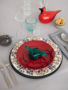 Set the table for Christmas. Get inspired by Alfredo Häberli's top choices. www.iittala.com/set-the-table