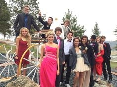 Prom pics at the Cinderella carriage