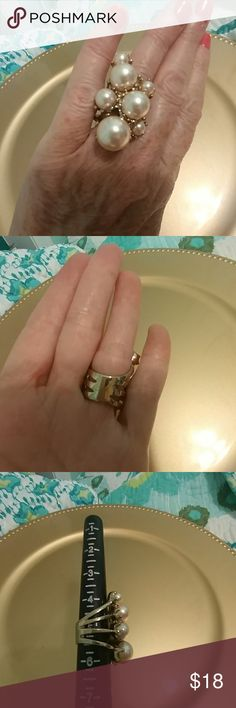 Pearl statement ring Gold tone with 7 pearls Jewelry Rings