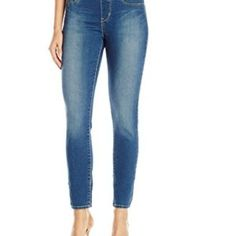 Signature by Levi Strauss & Co Women's Totally Shaping Pull-On Skinny Jean Skirt Pants, Shorts, Levi Strauss & Co, Jeans Style, Skinny Jeans, Fashion, Moda, La Mode, Fasion