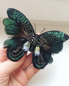 53 отметок «Нравится», 9 комментариев — Таня Лущик (@lushchykcouture) в Instagram: «Бабочка готова упорхнуть в весну#embroidery#брошьручнойработы#mywork#mystory#lushchykcouture…»
