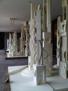 Louise Nevelson - Bicentennial Dawn 1976                              …