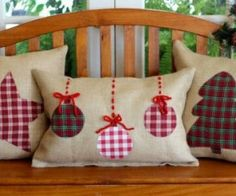 New sewing christmas pillows gifts ideas Christmas Sewing Projects, Christmas Crafts, Christmas Ornaments, Christmas Applique, Christmas Quilting, Diy Projects, Noel Christmas, Homemade Christmas, Christmas 2019