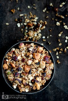 (Made it now 3x in two weeks! It's awesome and is getting devoured by everyone!) ' quinoa granola Mmm crunchy goodness - How to!