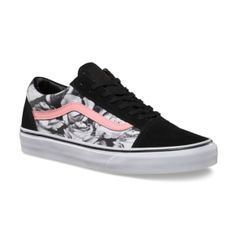 Vans Digi Roses Old Skool - Black/True White with a light pink sidestripe