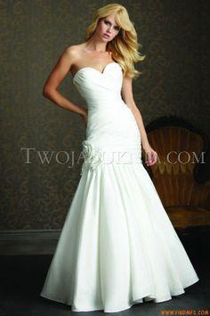 Vestidos de noiva Allure 2503 Romance
