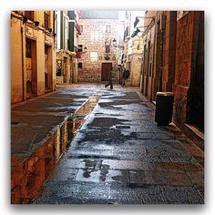 """""""Calles de #Burgos"""" ...por @miguelcalvo • Instagram"""