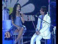 Roberto Carlos & Paula Fernandes Pout-pourri Especial de Natal Praia de Copacabana 2010 - YouTube